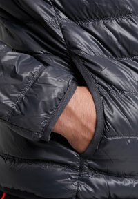EA7 Emporio Armani - Gewatteerde jas - black / neon / orange - 7