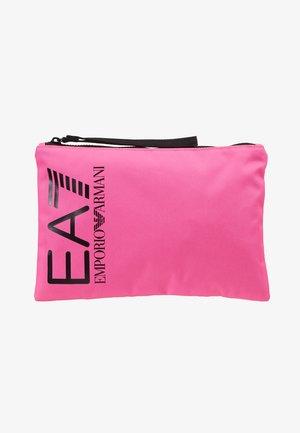 CLUTCH BAG NEON - Kopertówka - neon pink / black