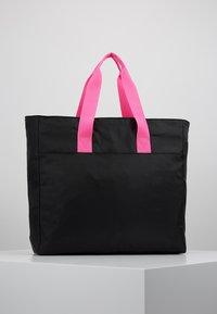 EA7 Emporio Armani - SHOPPER NEON - Tote bag - black / neon pink - 2