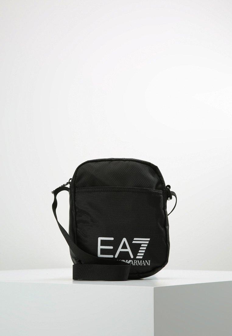 EA7 Emporio Armani - TRAIN PRIME POUCHBAG SMALL  - Schoudertas - nero