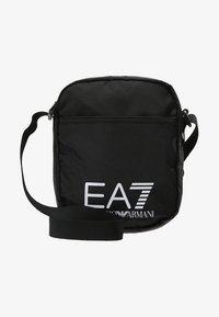 EA7 Emporio Armani - TRAIN PRIME POUCHBAG SMALL  - Schoudertas - nero - 5