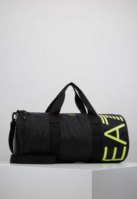 EA7 Emporio Armani - Weekendveske - black/yellow fluo - 0