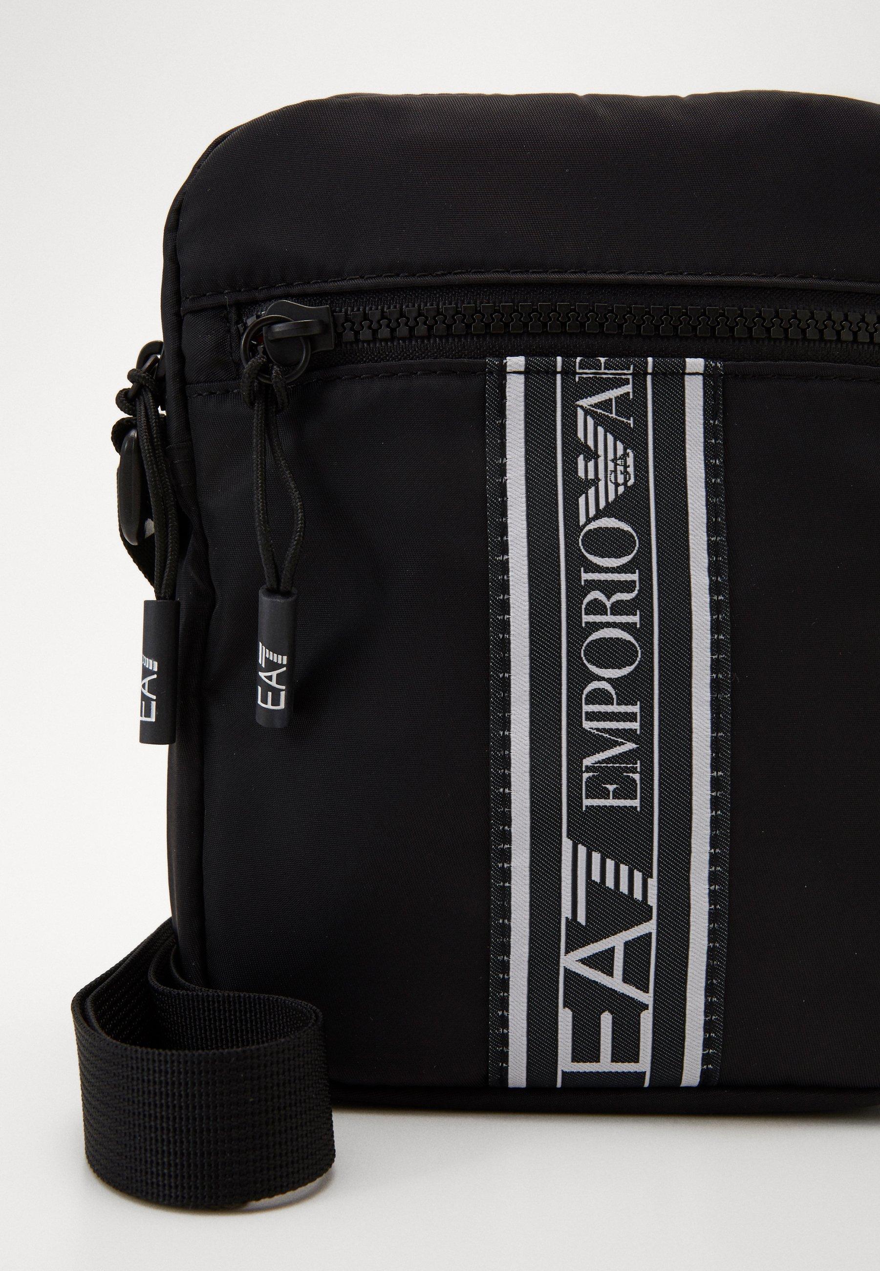 EA7 Emporio Armani Torba na ramię - black