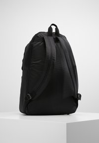 EA7 Emporio Armani - TRAIN PRIME BACKPACK  - Reppu - nero - 2