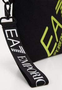 EA7 Emporio Armani - Psaníčko - black - 6