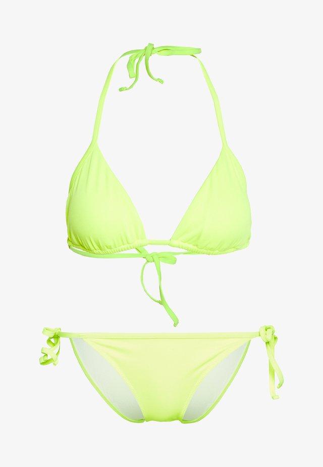 SEA WORLD CORE ACTIVE TRIANGLE SET - Bikini - fluor yellow
