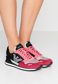 Emporio Armani - ALLY - Trainers - spicy red/straw/black - 0