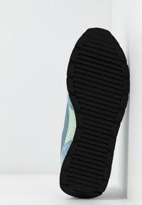 Emporio Armani - ALLY - Sneakers - sky/mint/silver - 6