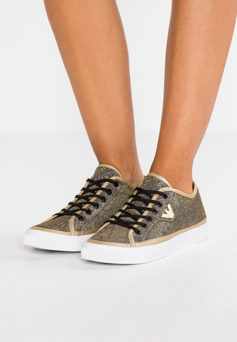 Emporio Armani - VENUS - Sneaker low - black/gold