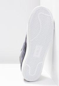 Emporio Armani - VENUS - High-top trainers - black/silver - 6