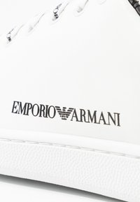 Emporio Armani - Trainers - white/black