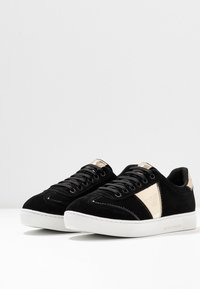 Emporio Armani - BIZ - Sneaker low - black/gold - 4