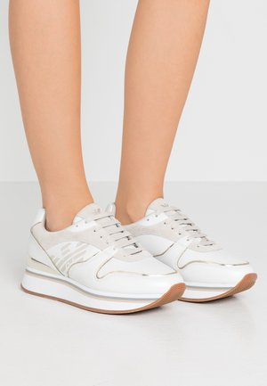 CHRISTINA - Trainers - white/frost/gold