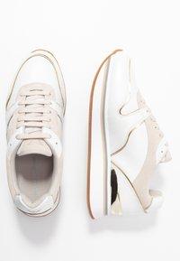 Emporio Armani - CHRISTINA - Zapatillas - white/frost/gold - 3