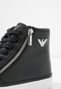 Emporio Armani - Sneakers hoog - black - 2