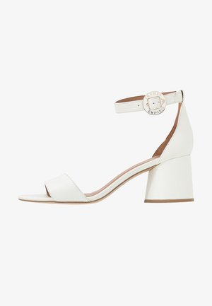 Sandaler - warm white
