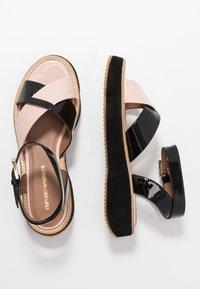 Emporio Armani - Sandály na platformě - nude/black - 3
