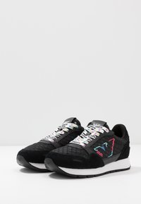 Emporio Armani - Sneakers laag - black - 4