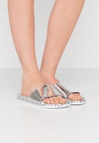 Emporio Armani - Pantofle - silver - 0