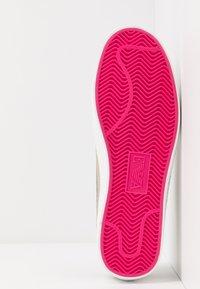 Emporio Armani - Sneaker low - black/gold - 4