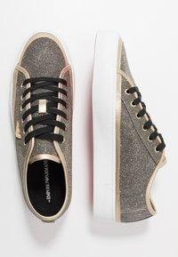 Emporio Armani - Sneaker low - black/gold - 1