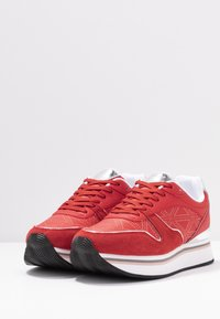 Emporio Armani - Sneakers laag - red/silver - 4