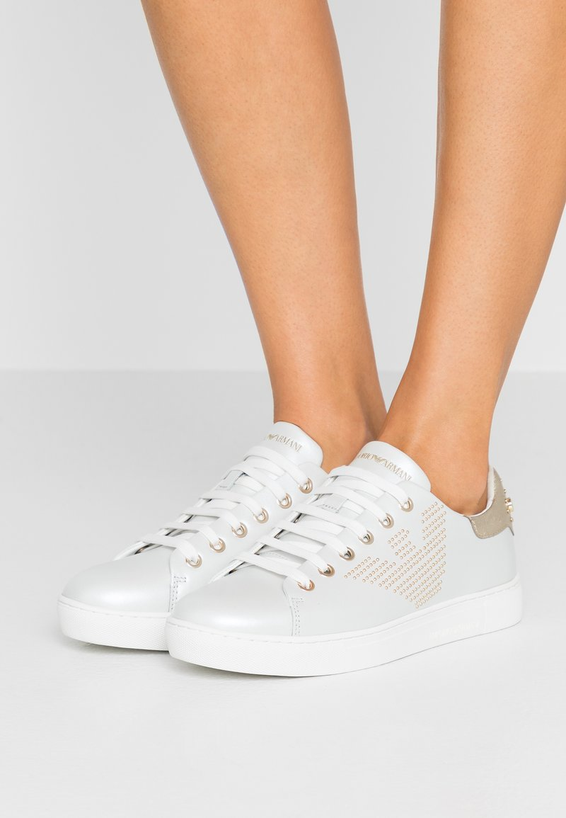 Emporio Armani - Sneaker low - gold/white/light gold