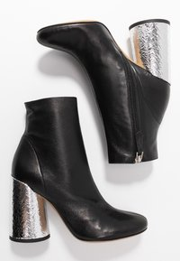 Emporio Armani - High heeled ankle boots - black/silver - 3