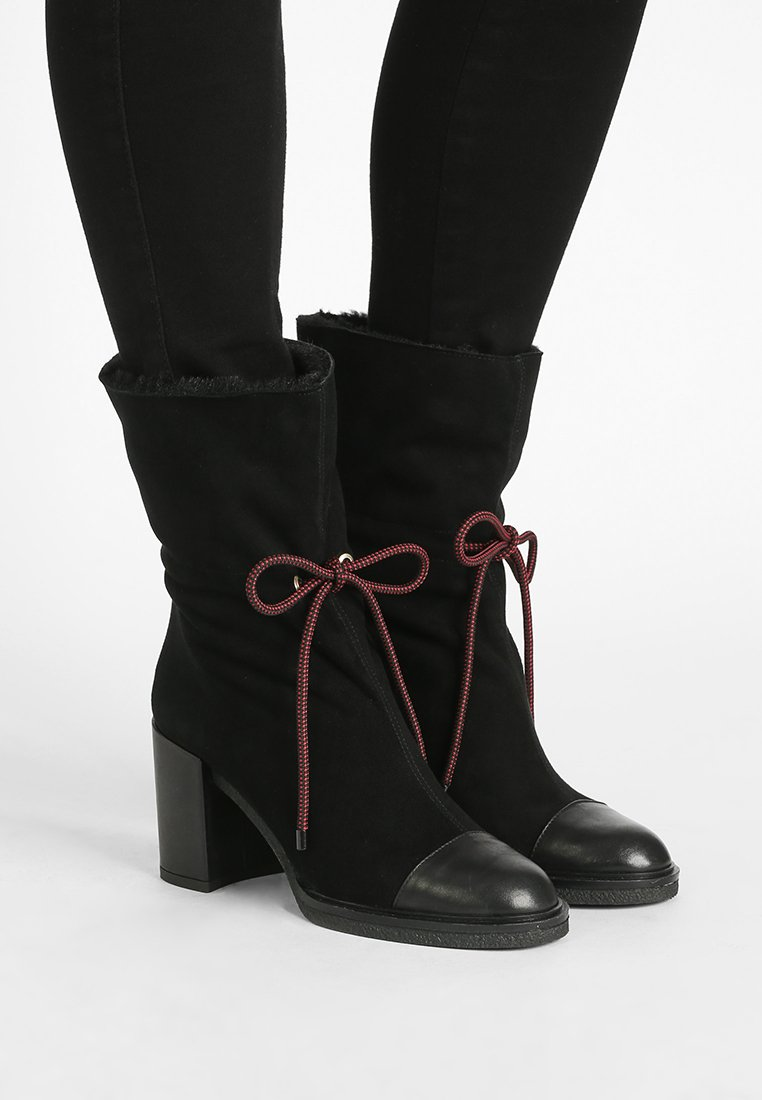 Emporio Armani - WILMA - Lace-up ankle boots - black
