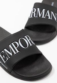 Emporio Armani - ZADAR - Sandaler - black/white - 5