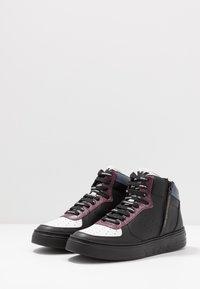 Emporio Armani - Zapatillas altas - black/white/vineyard - 2