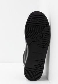 Emporio Armani - Sneakers high - black - 4