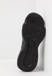 Emporio Armani - Sneakersy wysokie - black - 4