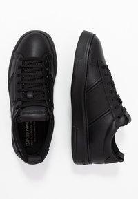 Emporio Armani - Sneakers - black - 1