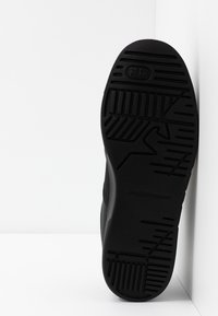 Emporio Armani - Sneakers - black - 4
