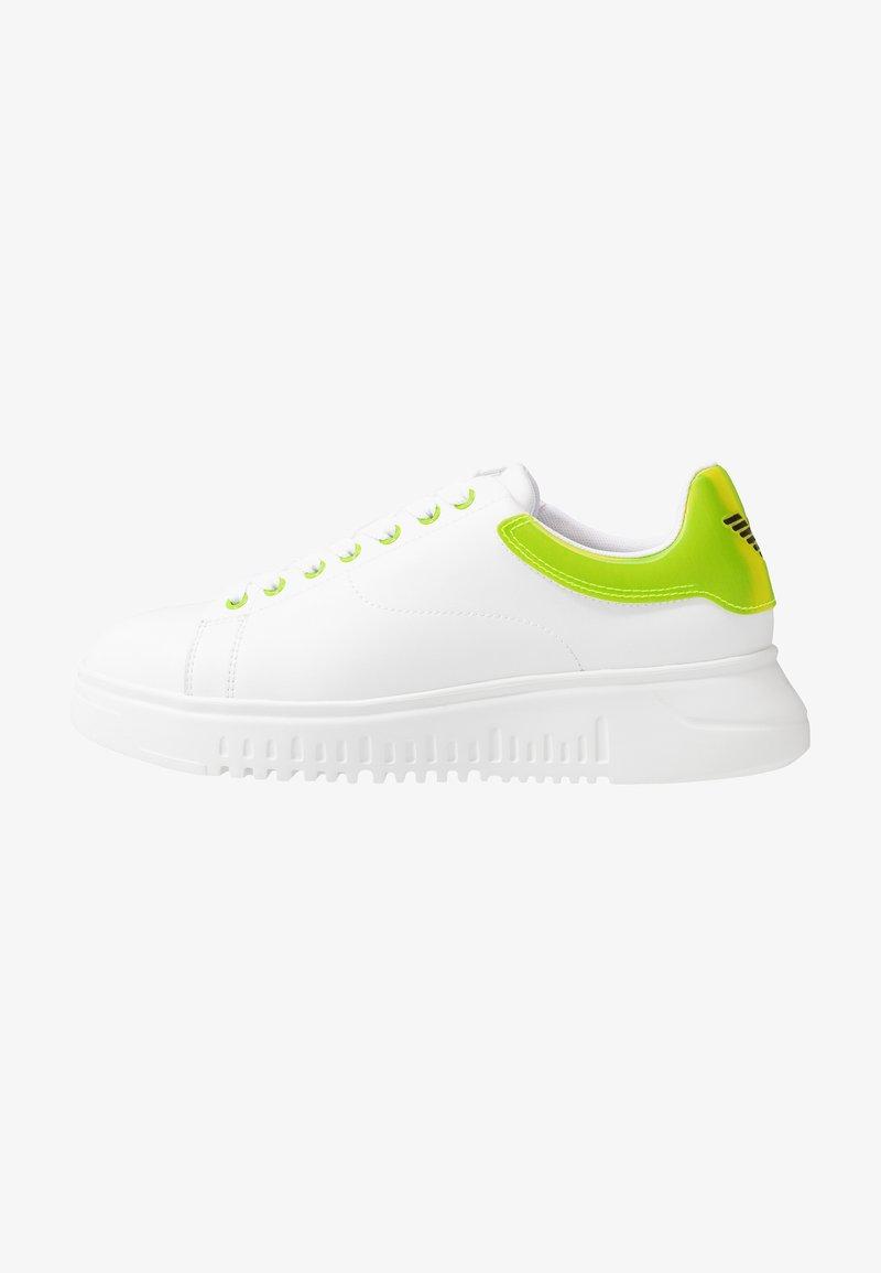 Emporio Armani - Sneakers laag - plaster/white/green
