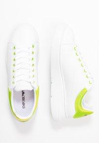 Emporio Armani - Zapatillas - plaster/white/green - 1
