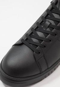 Emporio Armani - Sneakers basse - black - 5