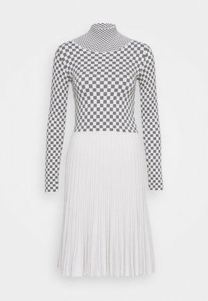 DRESS - Abito in maglia - silvery grey