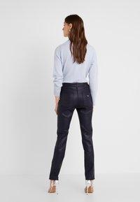 Emporio Armani - Jeans Skinny Fit - purple - 2