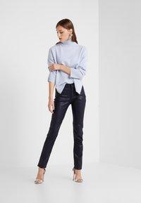 Emporio Armani - Jeans Skinny Fit - purple - 1