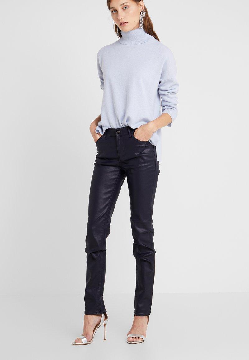 Emporio Armani - Jeans Skinny Fit - purple