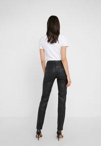 Emporio Armani - Jeans Skinny Fit - nero - 2