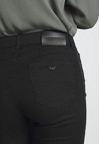 Emporio Armani - 5 POCKETS PANT - Jeans Slim Fit - black - 6