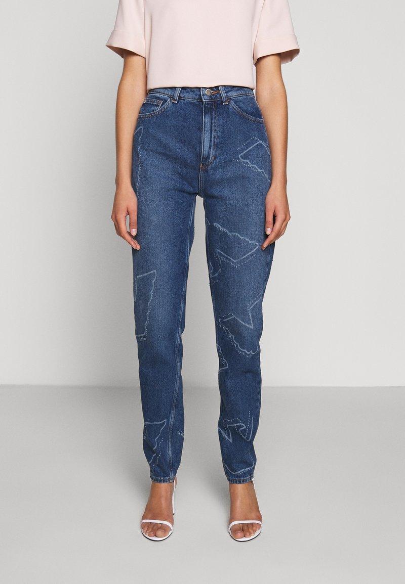 Emporio Armani - FIVE POCKETS PANT - Jeans baggy - blue denim