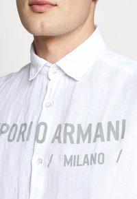 Emporio Armani - CAMICIA - Chemise - bianco ottico - 6