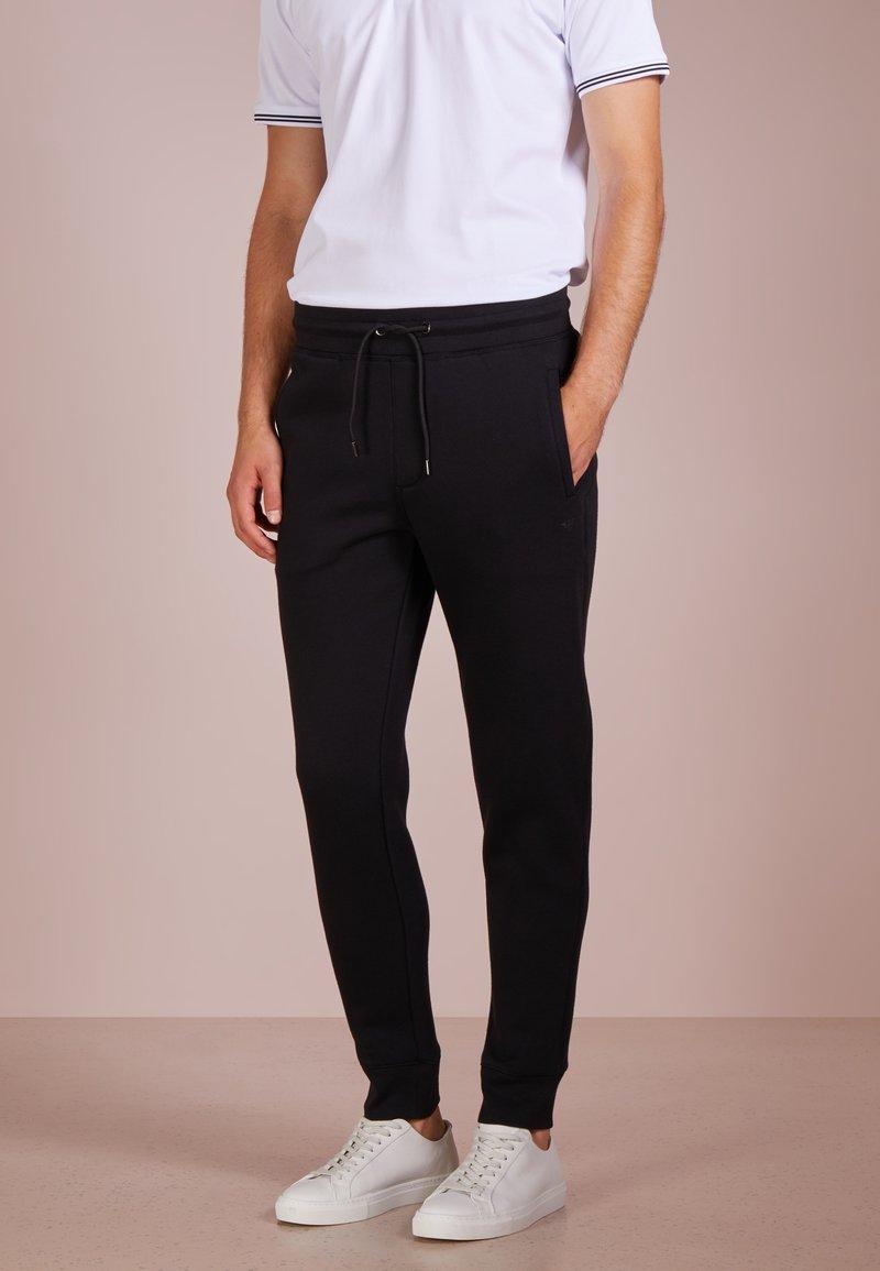Emporio Armani - PANTALONI - Teplákové kalhoty - nero