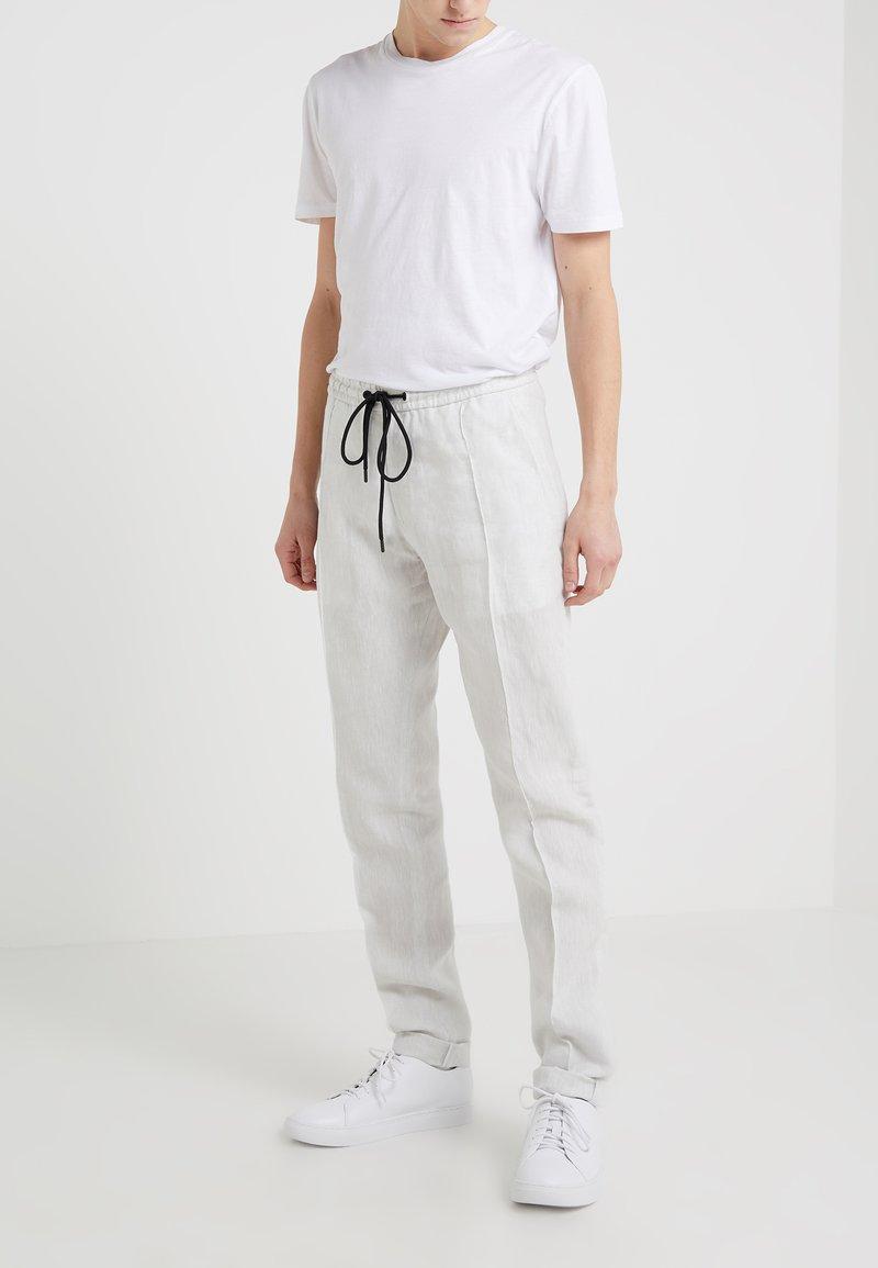 Emporio Armani - Trousers - off white