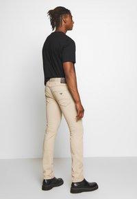 Emporio Armani - TESSUTO - Pantalon classique - beige - 2