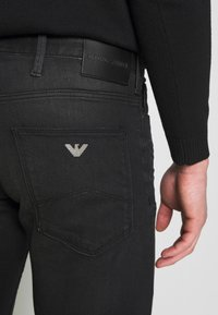 Emporio Armani - Slim fit jeans - denim nero - 3